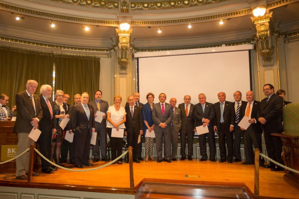 Nuevos académicos de honor de la Academia de Ciencias Médicas de Bilbao