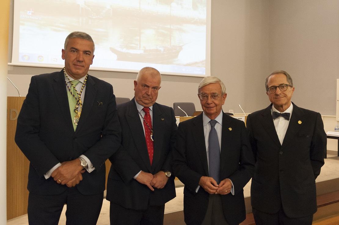 Desde la izquierda, Lluís Serra-Majen, manuel Vitoria, Rafael Ansón y Ricardo Franco Vicario