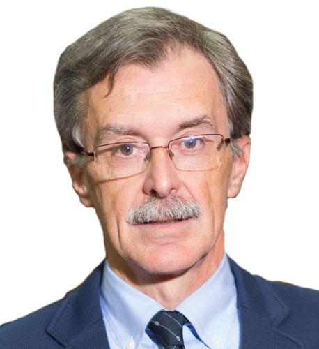Dr. Eduardo Areitio