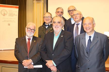 Desde arriba, Luis Pacheco, Carlos Matute, Ricardo Franco, Javier Ogando, Enrique Aramburu, Óscar Martínez y José Ignacio Landaluce
