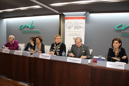 Javier Ogando, Ana Abásolo, Ana González-Pinto, Teresa Laespada, Ricardo Franco y Margarita Sáenz